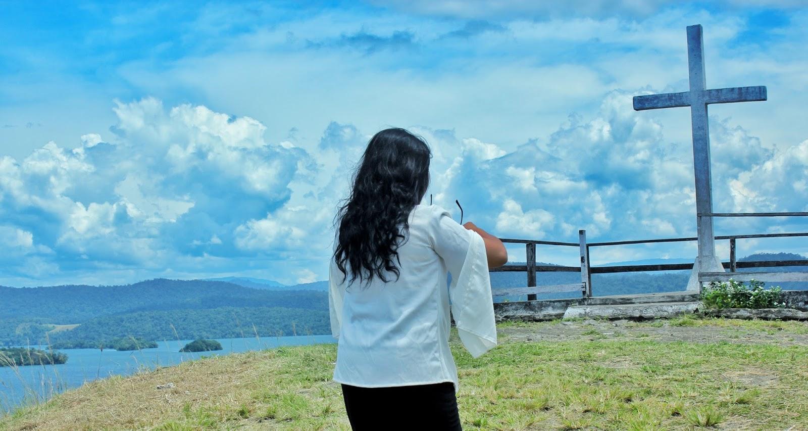 Around Wamena: Bukit Salib! Pemandangannya Ciamik